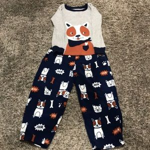 Carter's 5T pajama set
